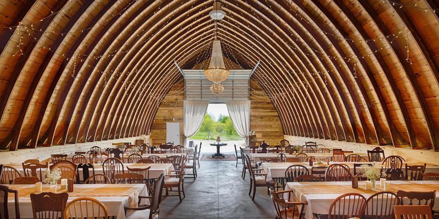 Pioneer Creek Farm wedding Milwaukee
