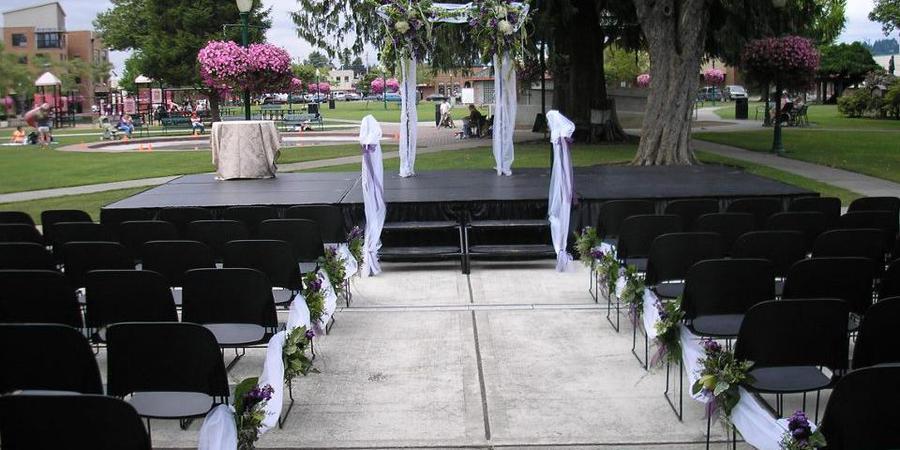 Puyallup Pioneer Park Pavillion wedding Seattle