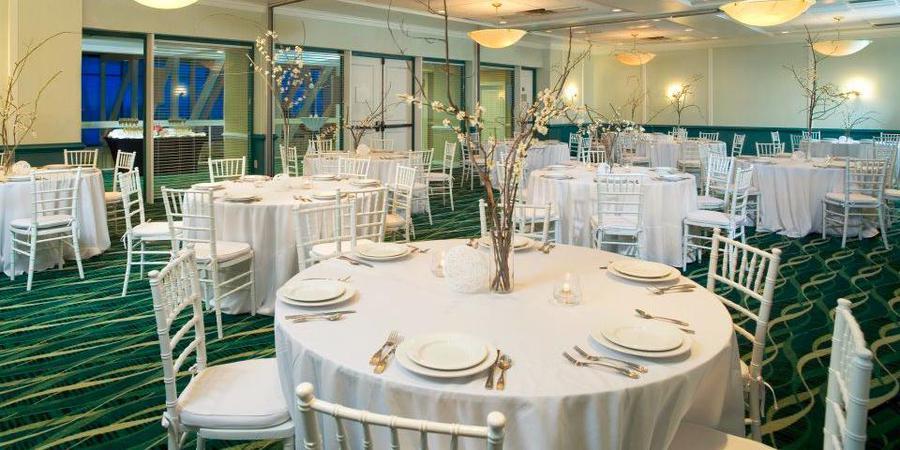 Holiday Inn Virginia Beach-Oceanside wedding Virginia Beach