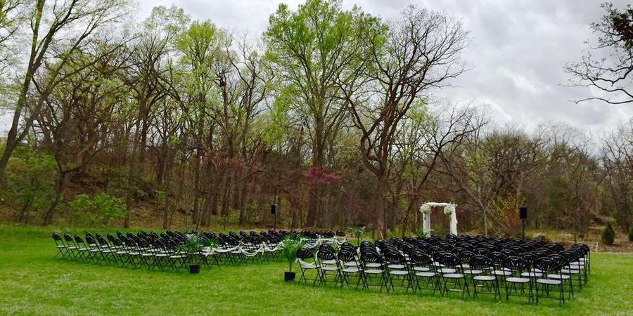 Prairiewood Retreat and Preserve wedding Kansas City
