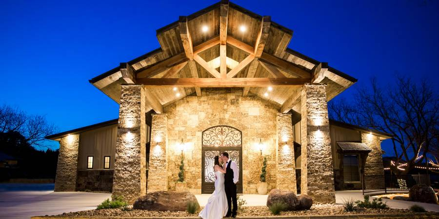 The Lodge at Country Inn & Cottages wedding Hill Country