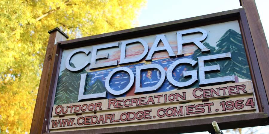 Cedar Lodge wedding Kalamazoo