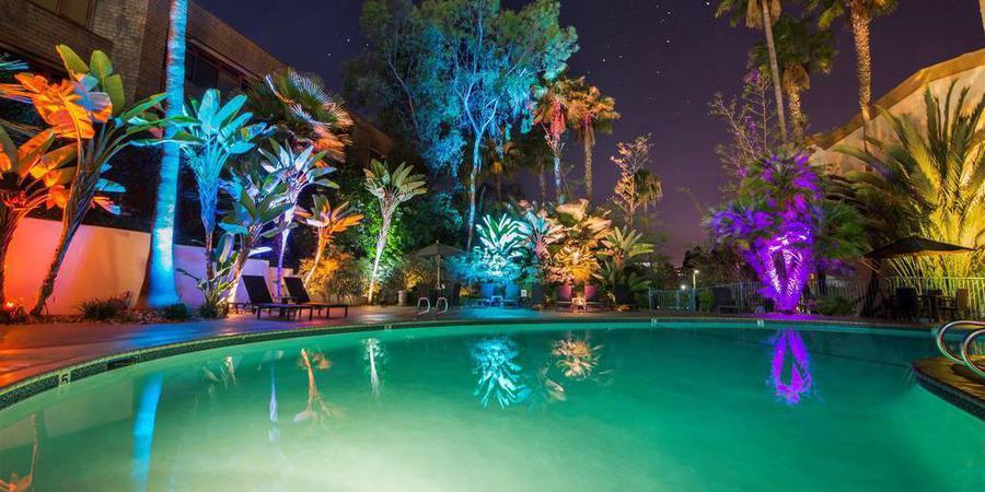 Doubletree by Hilton San Diego - Hotel Circle wedding San Diego