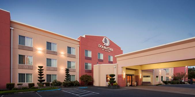 DoubleTree by Hilton Hotel Vancouver, Washington wedding Tacoma