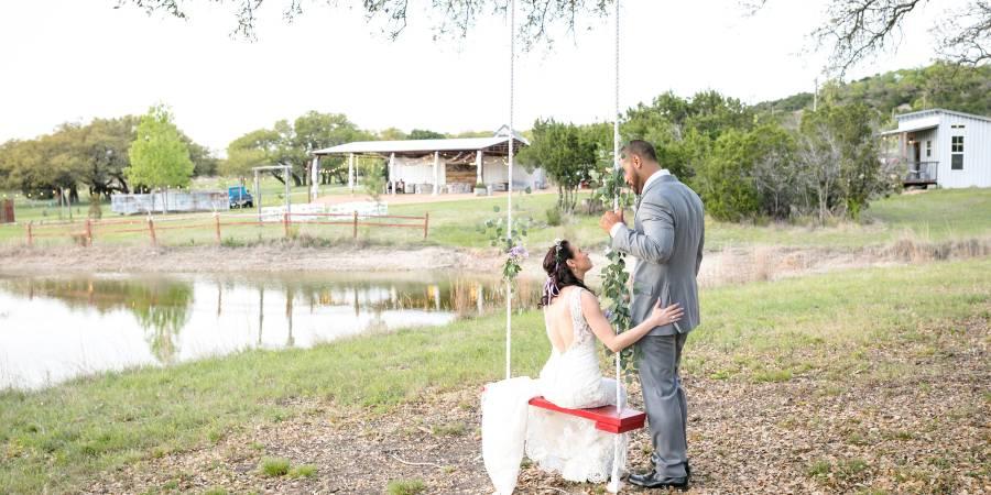 Redbird Ridge wedding Austin