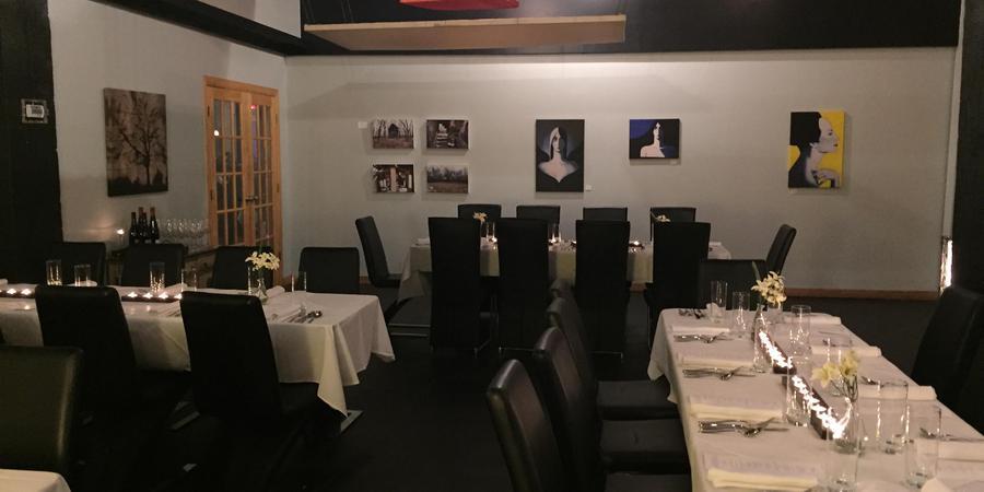 Affare Restaurant and Courtyard wedding Kansas City
