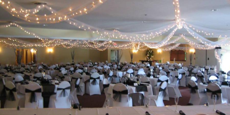The Myron Phillips Banquet Center wedding Cleveland
