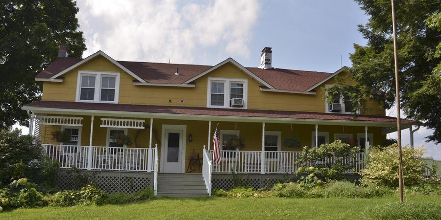 """1796 House"" -  Inn at the Ridge wedding Westchester/Hudson Valley"