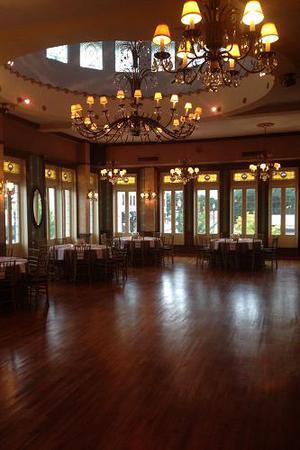 The Magnolia Ballroom wedding Houston
