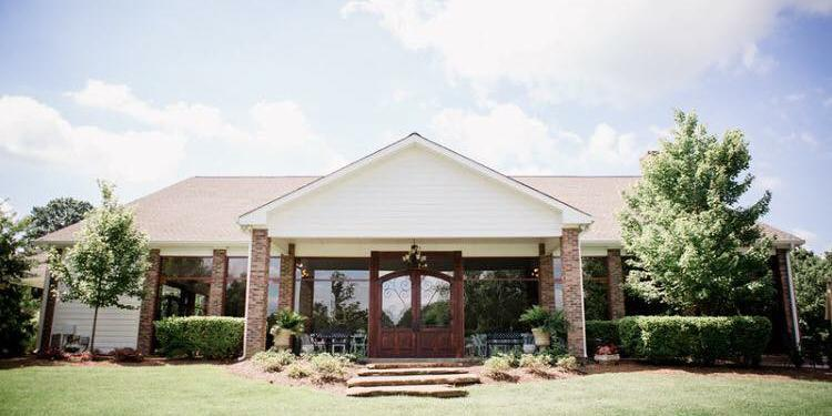 The Pavilion at Hunter Valley Farm wedding Knoxville