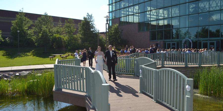 Woodbury Central Park wedding Minnesota