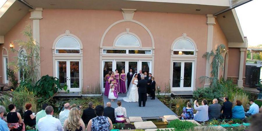 The Magnolia Moon at Guthrie Retreat wedding Oklahoma City