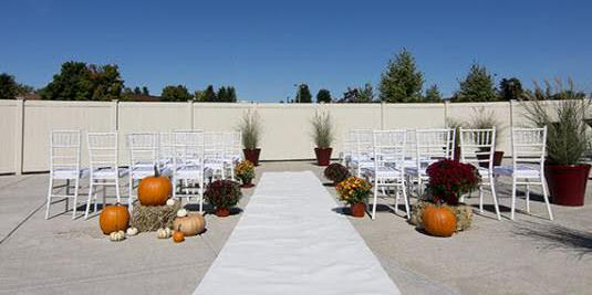 Holiday Inn Syracuse/Liverpool wedding Finger Lakes