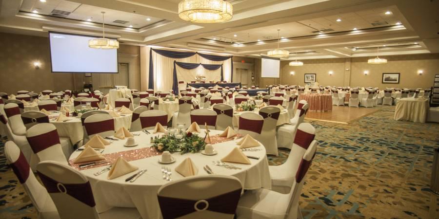 DoubleTree by Hilton- Pleasant Prairie/Kenosha wedding Milwaukee