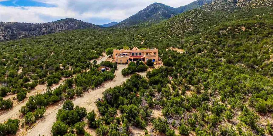 Hacienda Doña Andrea de Santa Fe wedding New Mexico