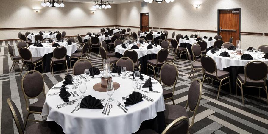 Embassy Suites Anchorage wedding Alaska