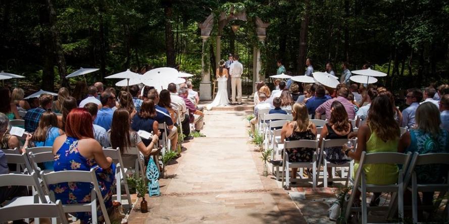 Garrison Gardens wedding Arkansas