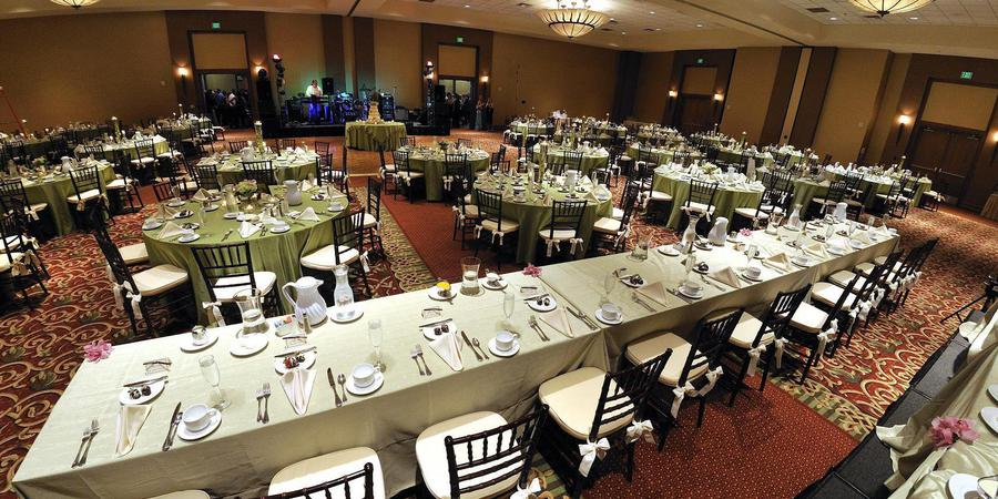 DoubleTree by Hilton Bay City- Riverfront wedding Detroit