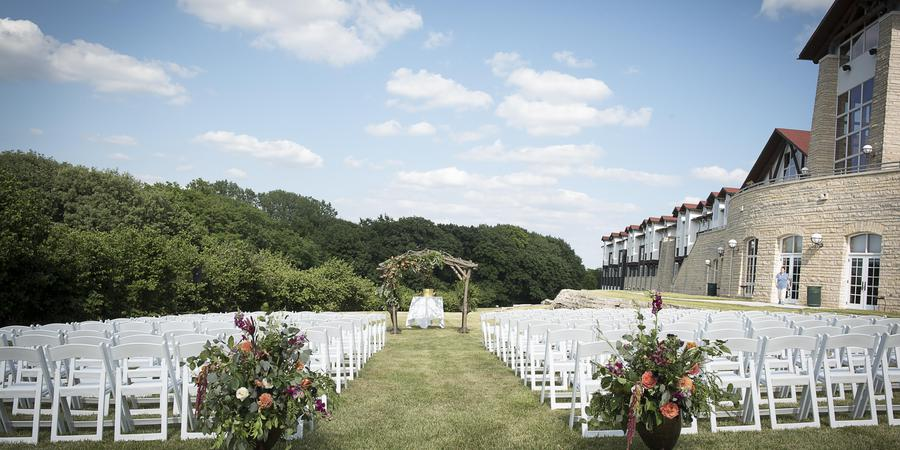 Lied Lodge & Conference Center at Arbor Day Farm wedding Nebraska