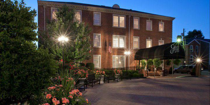 Gratz Park Inn wedding Lexington