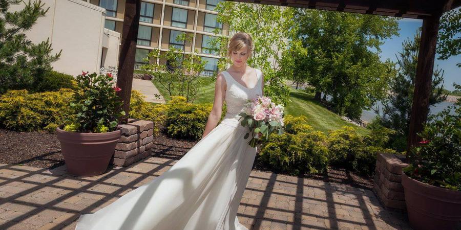 Kansas City Airport Marriott wedding Kansas City