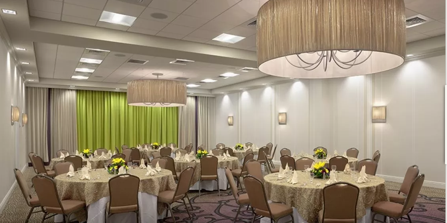 Holiday Inn Downtown Superdome wedding New Orleans