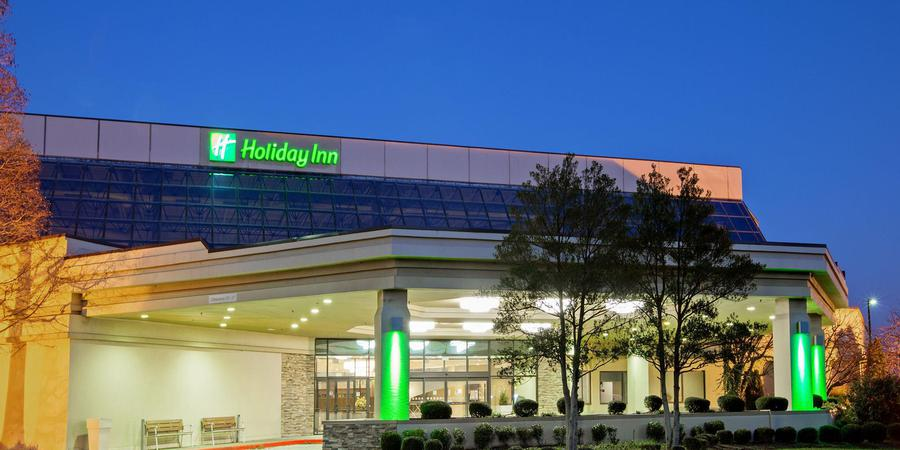 Holiday Inn Evansville Airport wedding Southern Indiana