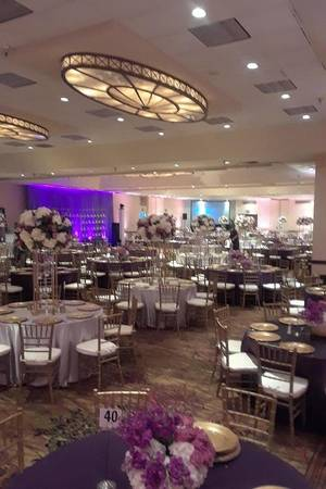 Double Tree by Hilton Dallas-Richardson wedding Dallas