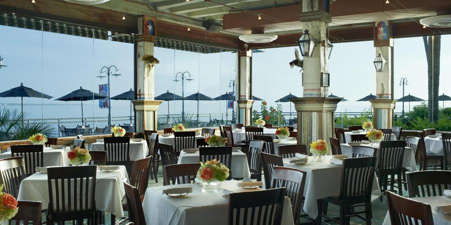 Landry's Seafood House - Kemah wedding Houston