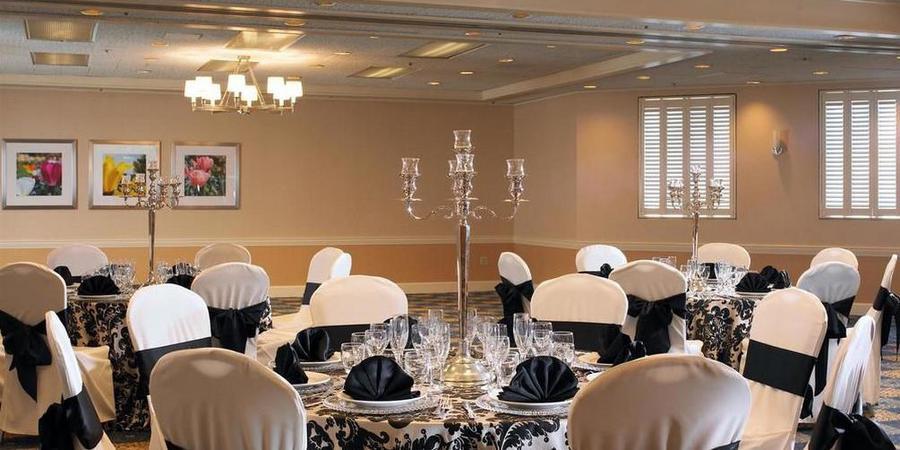 Faz Restaurants and Catering Pleasanton wedding East Bay