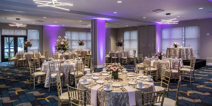 DoubleTree by Hilton Hotel & Suites Pittsburgh Downtown wedding Pittsburgh