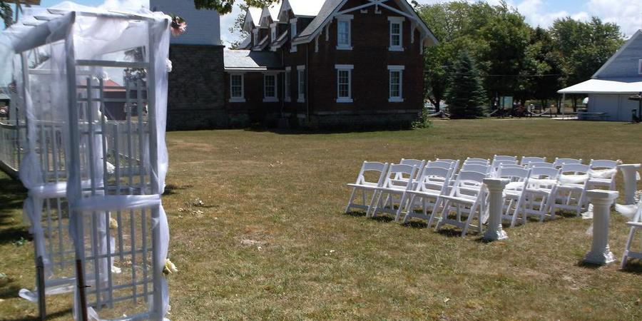 Historic Dunkirk Lighthouse wedding Western New York