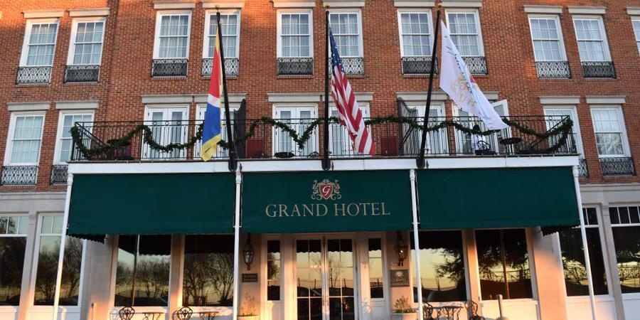 Natchez Grand Hotel & Suites wedding Mississippi