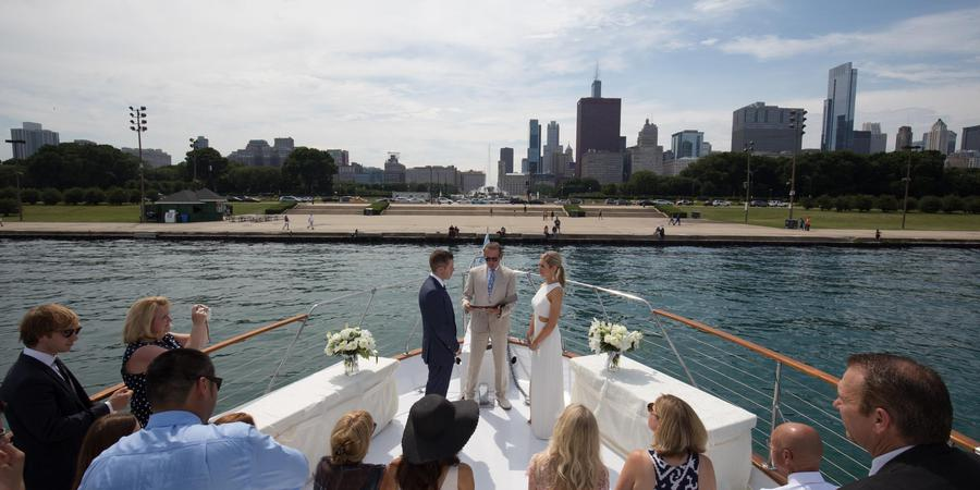 Chicago Private Yacht Rentals Weddings Get Prices For