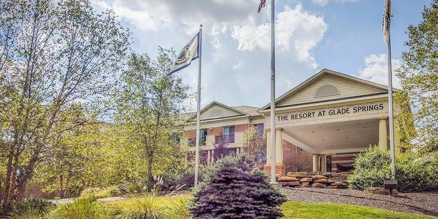 The Resort At Glade Springs wedding West Virginia