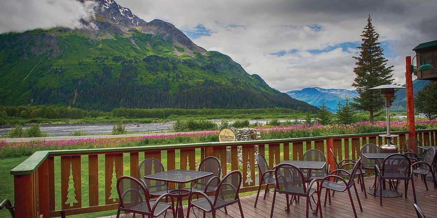 Seward Windsong Lodge wedding Alaska
