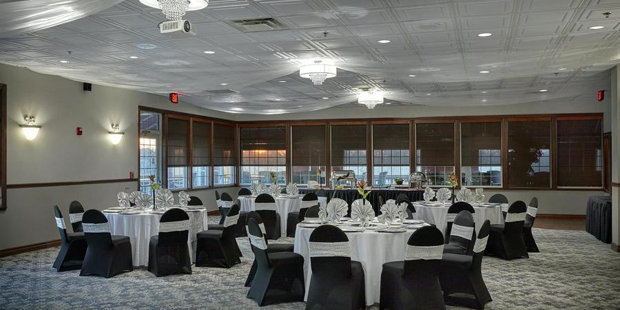 Red Tail Golf Club wedding Cleveland