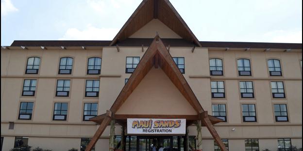 Maui Sands Resort wedding Toledo