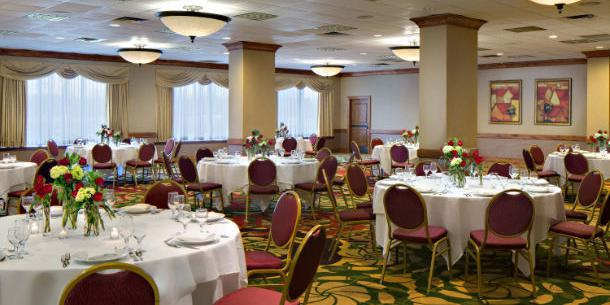 Cedar Rapids Marriott wedding Des Moines