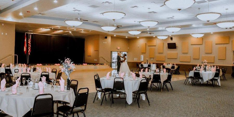 Grand Elegance at Apache Wells Country Club wedding Phoenix/Scottsdale