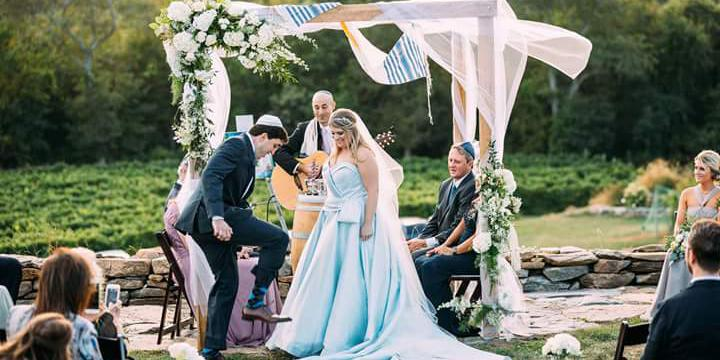 Preston Ridge Vineyard wedding New London