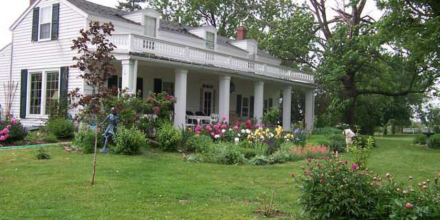 Galena Log Cabin Guest Houses wedding Chicago