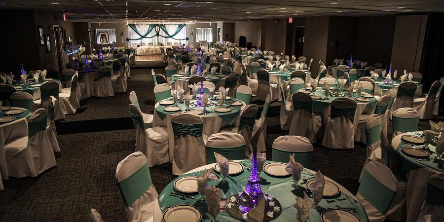 Baymont Inn & Suites Des Moines Airport wedding Des Moines