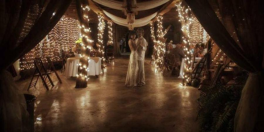 Kenny's Barn wedding Southern Alabama