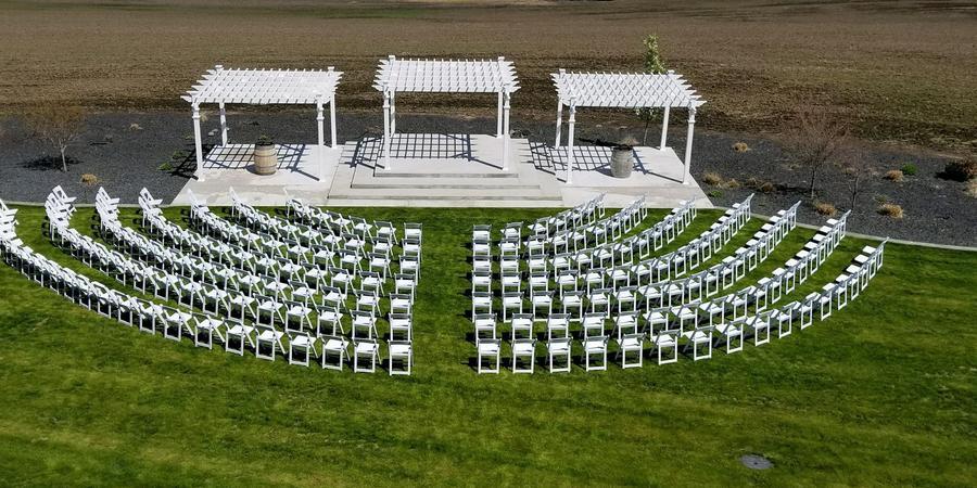 Lindsay Creek Vineyards wedding Idaho