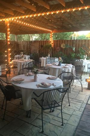 Chaufee's Catering & Courtyard wedding Southern Alabama