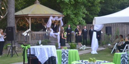Cart Barn Inn Wedding Venue wedding Mississippi