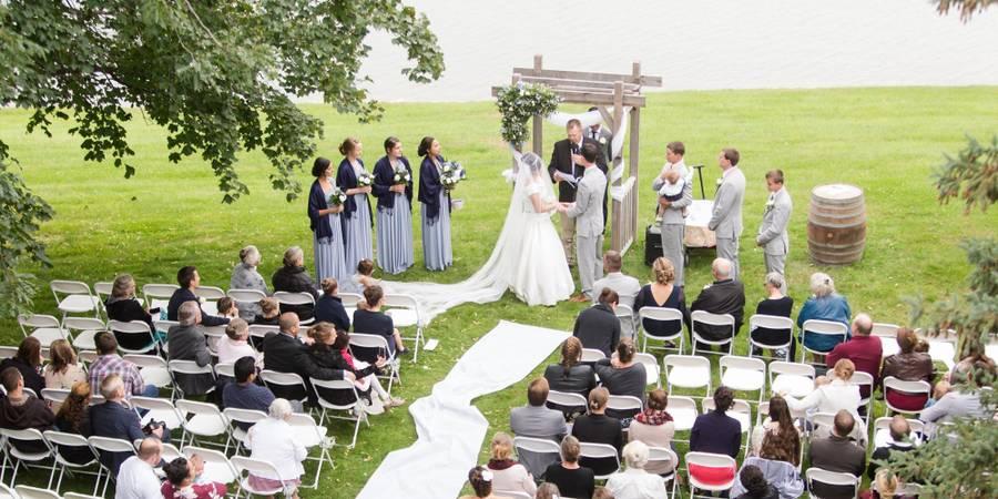 Lake Elsie Wedding Barn wedding North Dakota