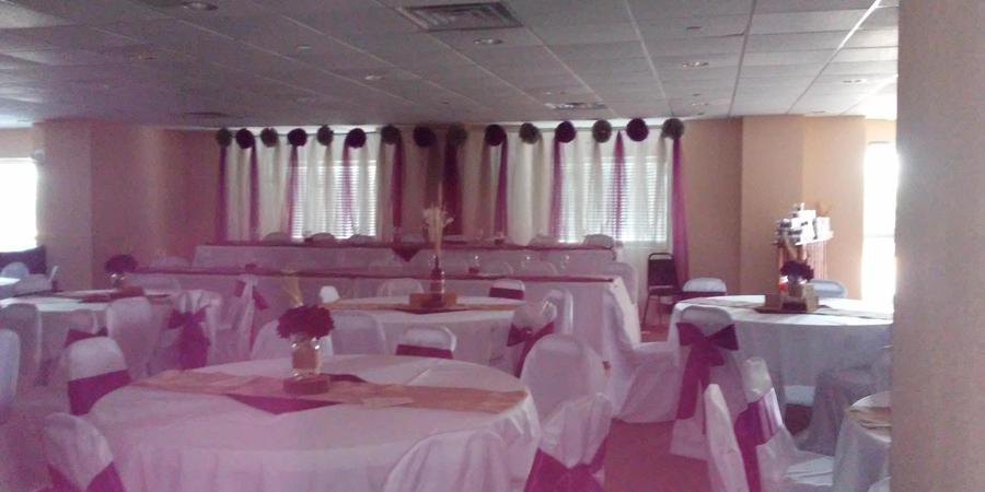 Microtel Inn  Suites By Wyndham Quincy wedding Central Illinois