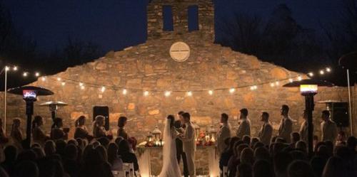 Sassafras Springs Vineyard & Winery wedding Arkansas